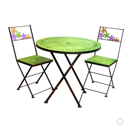 Table with two chairs green